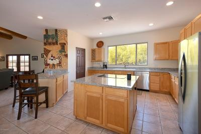 Cave Creek AZ Single Family Home For Sale: $619,000