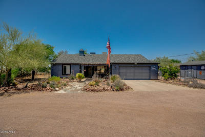 Apache Junction Single Family Home For Sale: 2060 S Sixshooter Road