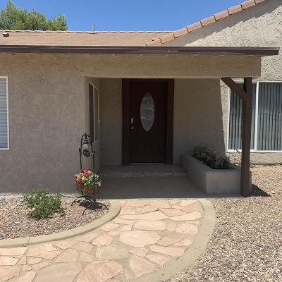Single Family Home For Sale: 1402 E Mescal Street N