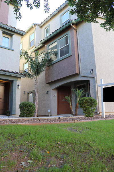Single Family Home For Sale: 7811 W Palm Lane