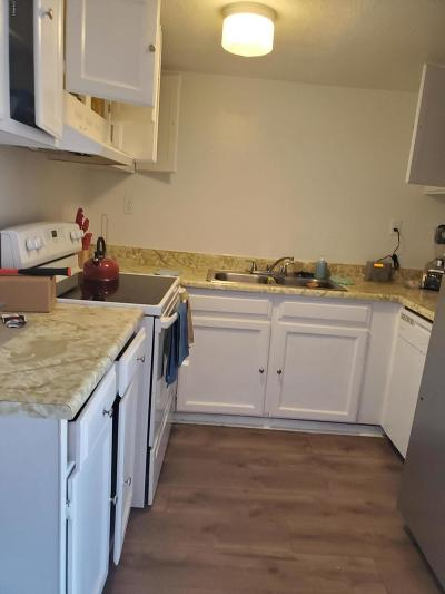 Phoenix AZ Condo/Townhouse For Sale: $70,000