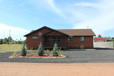 Overgaard AZ Single Family Home For Sale: $239,000
