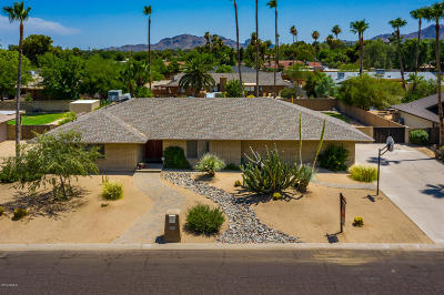 Scottsdale Single Family Home UCB (Under Contract-Backups): 5409 E Windrose Drive