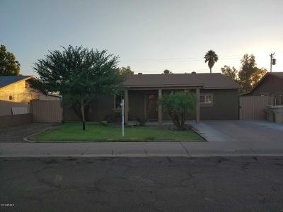 Glendale Single Family Home For Sale: 5620 N 63rd Drive