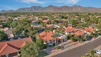 Scottsdale Single Family Home For Sale: 10262 E Clinton Street
