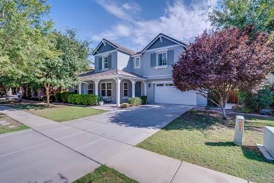 Gilbert Single Family Home For Sale: 3747 E Marlene Drive