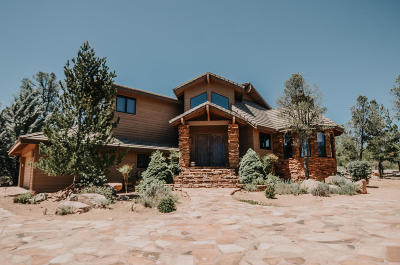 Chaparral Pines Single Family Home For Sale: 1000 N Scenic Drive
