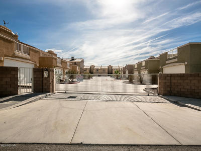 Lake Havasu City Condo/Townhouse For Sale: 3470 Kearsage Dr #E103