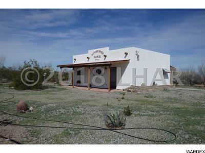 La Paz County Single Family Home For Sale: 44195 Weaver Ln