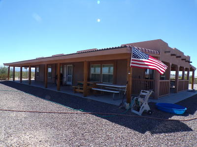 La Paz County Manufactured Home For Sale: 48567 Mountain View Rd
