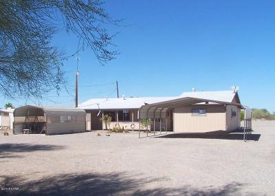Quartzsite Single Family Home For Sale: 136 W Pyramid Ln