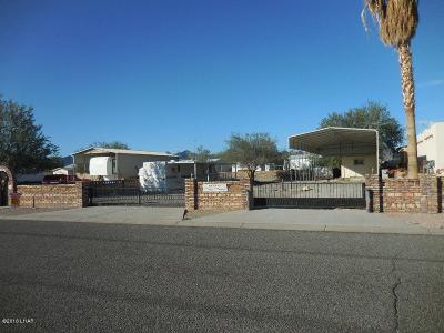 Quartzsite Single Family Home For Sale: 49720 Amber Ave