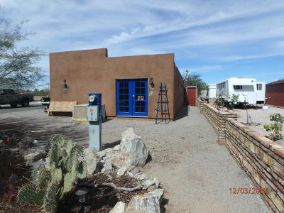 Quartzsite Single Family Home For Sale: 622 W Cowell St