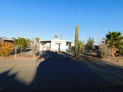 La Paz County Manufactured Home For Sale: 27903 Norris Ave
