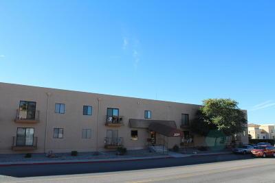 Lake Havasu City Condo/Townhouse For Sale: 2094 Mesquite Ave #125