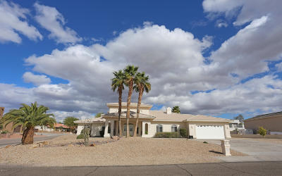Lake Havasu City Single Family Home For Sale: 2220 Chip Ln
