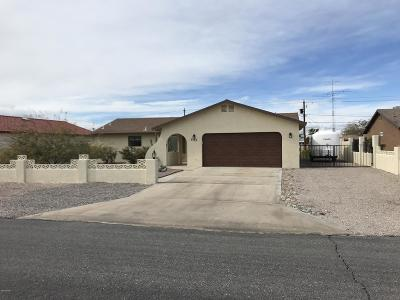 Lake Havasu City Single Family Home For Sale: 3335 Yaqui Dr
