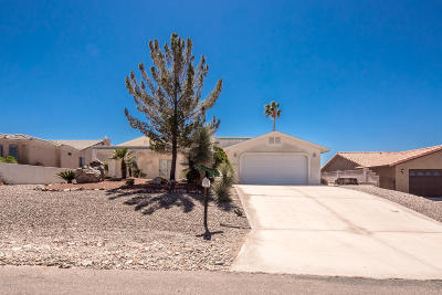 Lake Havasu City Single Family Home For Sale: 3840 Breakwater Dr
