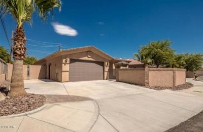 Lake Havasu City Single Family Home For Sale: 2676 Bluewater Dr