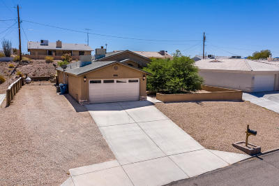 Lake Havasu City Single Family Home For Sale: 3036 Saddleback Dr