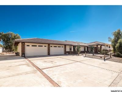 Lake Havasu City Single Family Home For Sale: 2400 Wood Ln