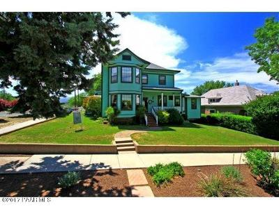 Single Family Home For Sale: 142 S Pleasant Street