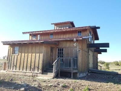 Ash Fork Single Family Home For Sale: 46600 Cattle Drive Drive