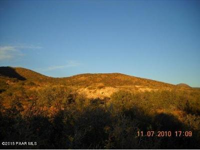Prescott Valley Residential Lots & Land For Sale: 8700 N Howling Lane
