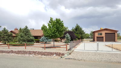 Prescott Valley Single Family Home Pending - Take Backup: 3121 N Mountain View Drive