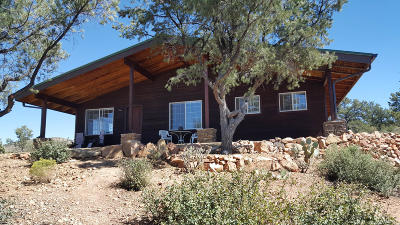 Yavapai County Single Family Home For Sale: 4701 W Sunshine Trail