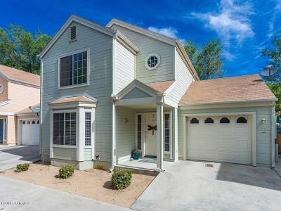 Prescott Condo/Townhouse For Sale: 741 Gail Gardner Way #E