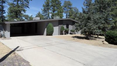 Prescott Single Family Home For Sale: 1014 Country Club Drive