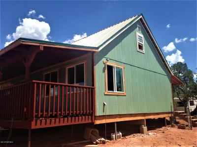 Ash Fork AZ Single Family Home For Sale: $80,000