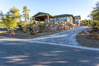 Yavapai County Single Family Home For Sale: 1860 Enchanted Canyon Way