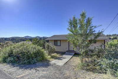 Prescott AZ Single Family Home For Sale: $215,000