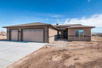 Prescott Valley Single Family Home For Sale: 7325 E Trottin Down Road