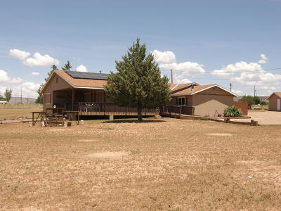 Paulden Single Family Home For Sale: 700 W Ranch House Road