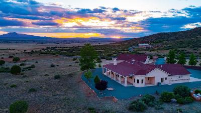 Prescott Valley Single Family Home For Sale: 8645 N Howling Lane