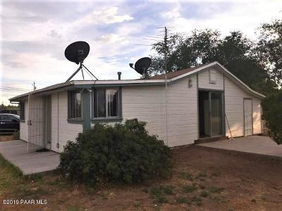 Chino Valley Multi Family Home For Sale: 1346 E Road 1 South