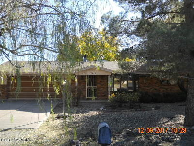 Cottonwood AZ Single Family Home For Sale: $208,000