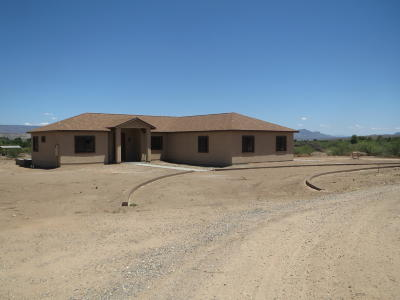 Yavapai County Single Family Home For Sale: 955 Copperhead Rd