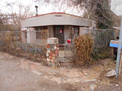 Cottonwood AZ Single Family Home For Sale: $139,500
