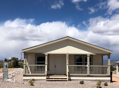 Yavapai County Mobile/Manufactured For Sale: 246 Paramount St