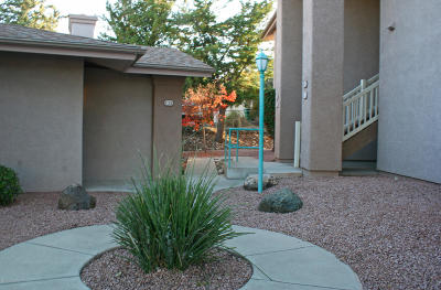 Yavapai County Condo/Townhouse For Sale: 985 E Mingus Ave #821