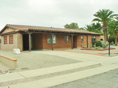 Single Family Home For Sale: 218 E Las Milpas