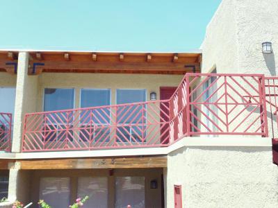 Tucson Condo For Sale: 6255 N Camino Pimeria Alta #24