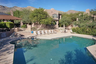 Canyon View At Ventana Condominium (1-264) Single Family Home Active Contingent: 6655 N Canyon Crest Drive #11163