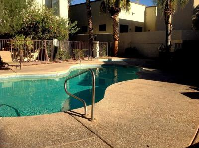 Tucson Single Family Home For Sale: 2550 E River Road #15301