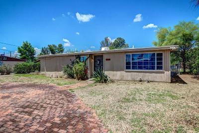 Single Family Home For Sale: 2625 N Fair Oaks Avenue