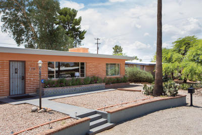 Single Family Home Active Contingent: 5708 E 7th Street